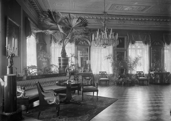 Empiresali 1910